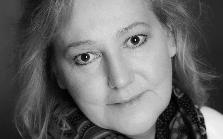 Lena T. Hansson